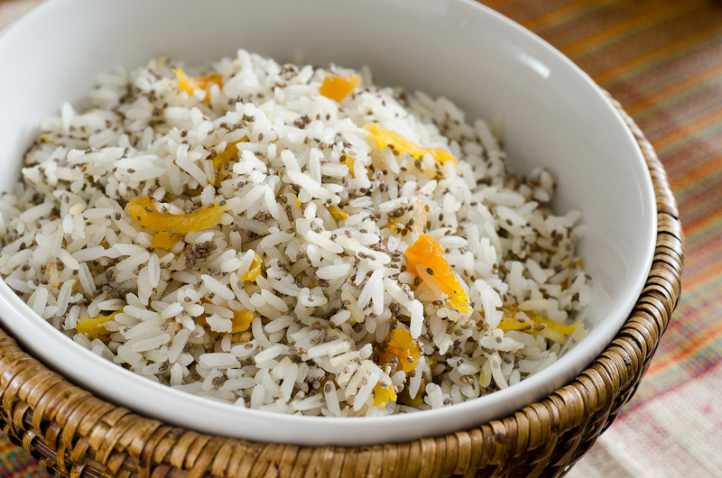 ARROZ COM CHIA E DAMASCO